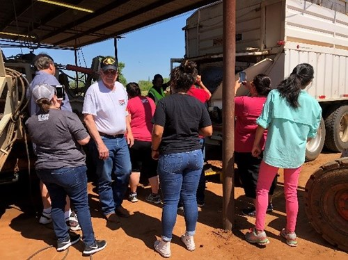 San Antonio Food bank volunteers tour- Pearsall, TX